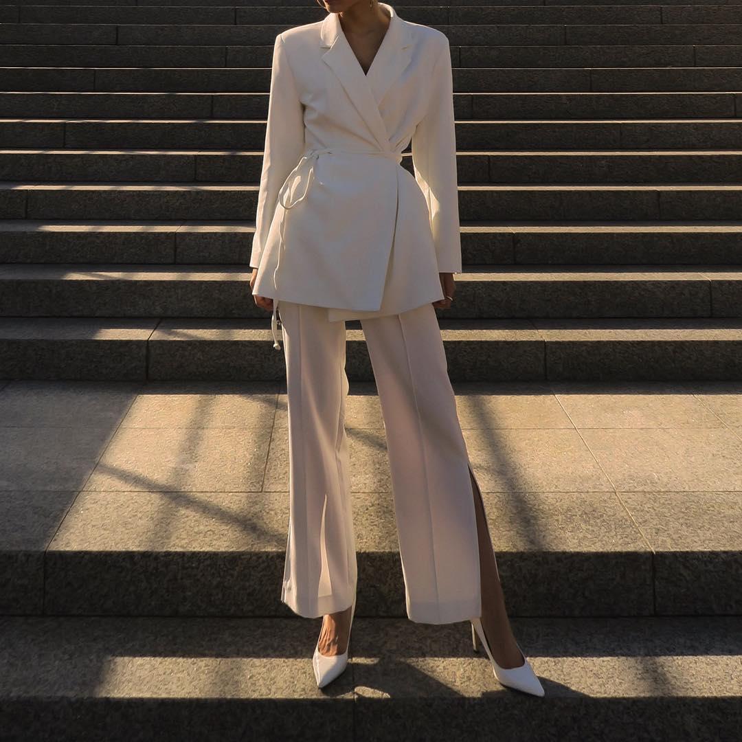 Bijele hlače za sve proljetne kombinacije