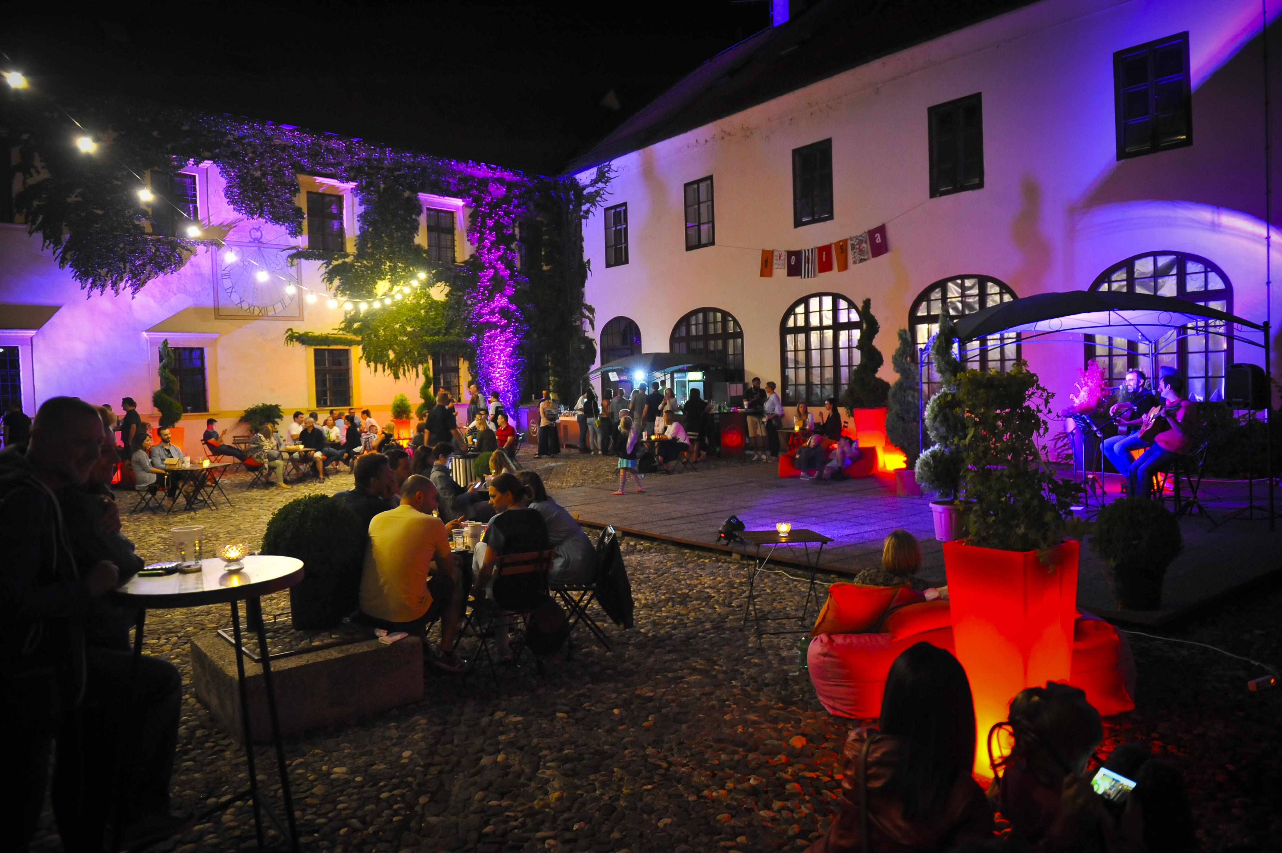 U petak počinju kultna zagrebačka Dvorišta!