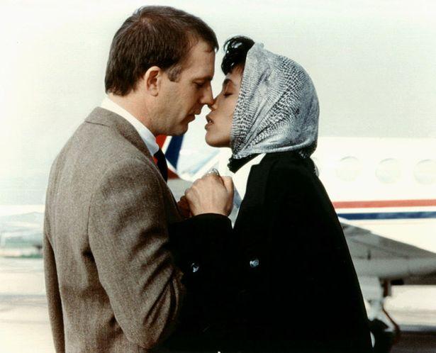 Ljubavni filmovi koji su obilježili 90-e (a mi ih obožavamo!)