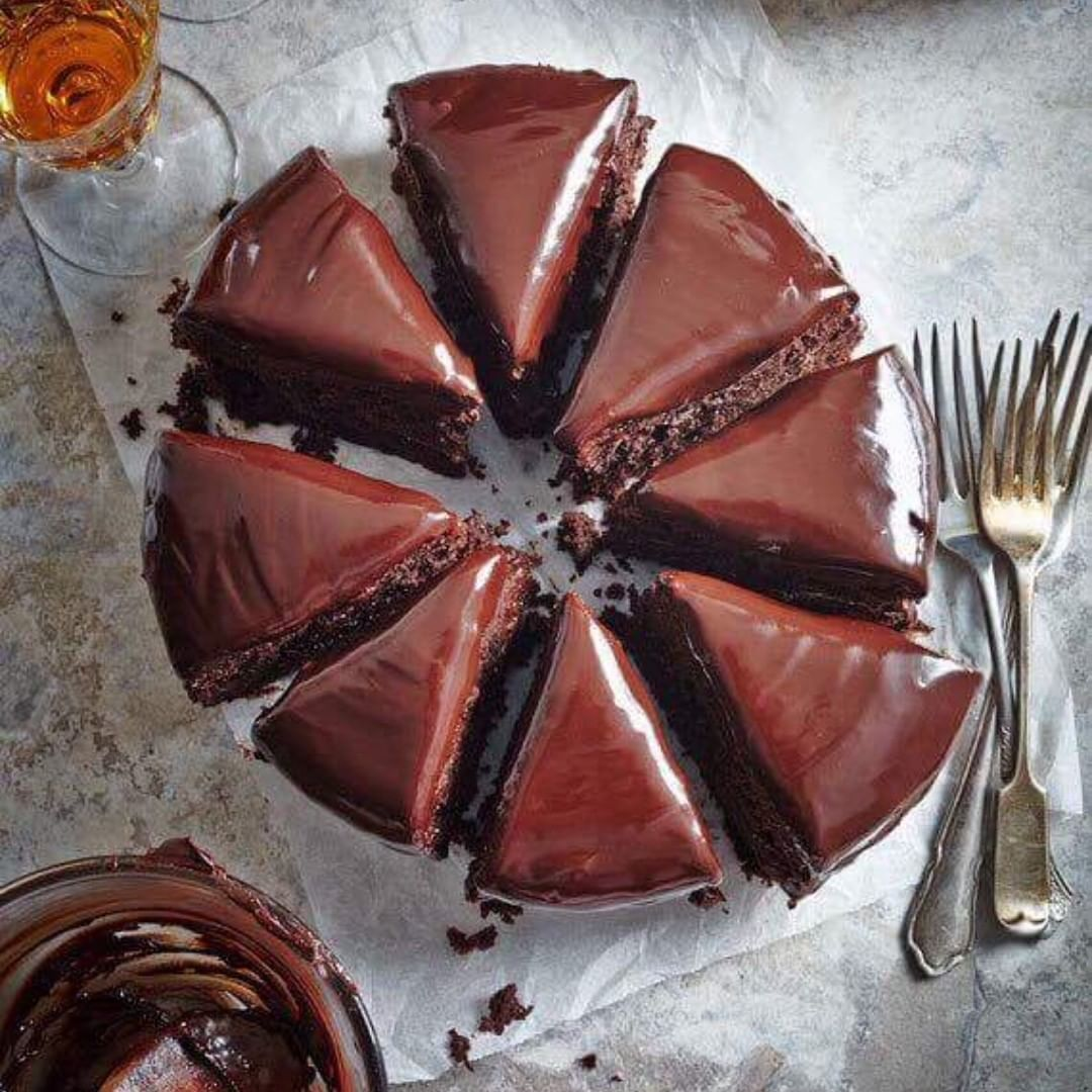 Najfinija čokoladna torta s narančama