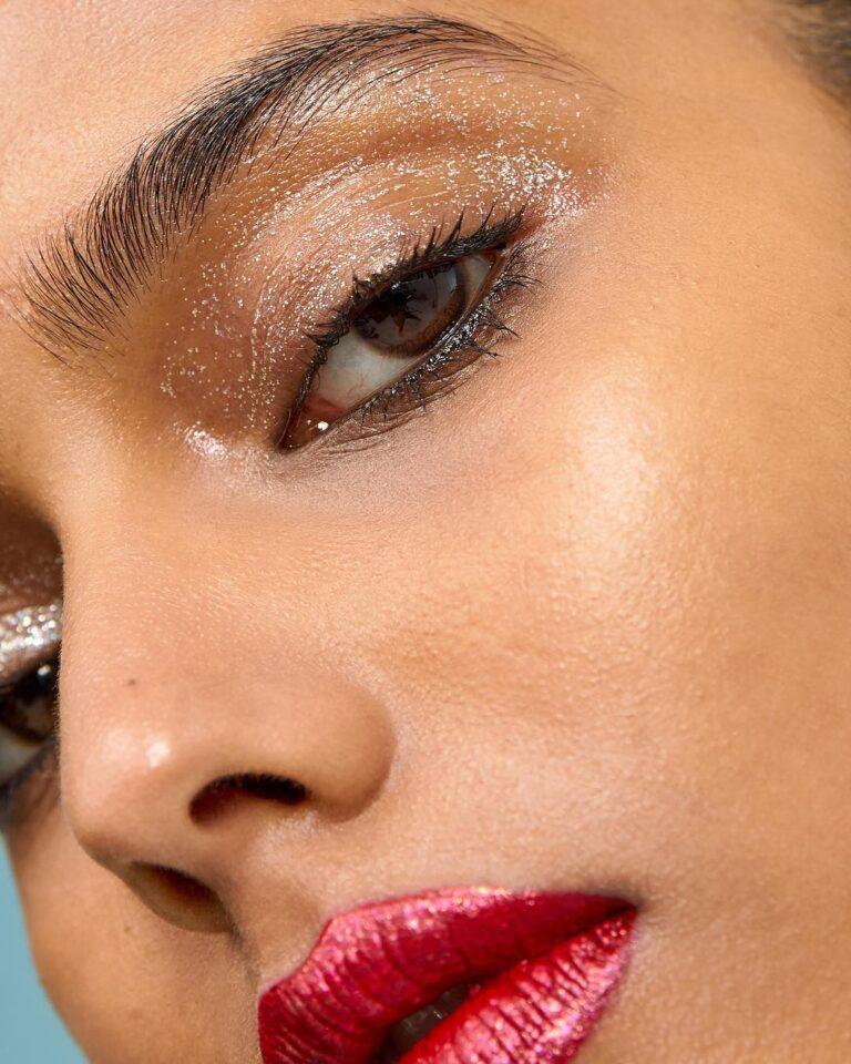 Ako želite da vaša šminka izdrži cijelu noć, poslušajte ove savjete