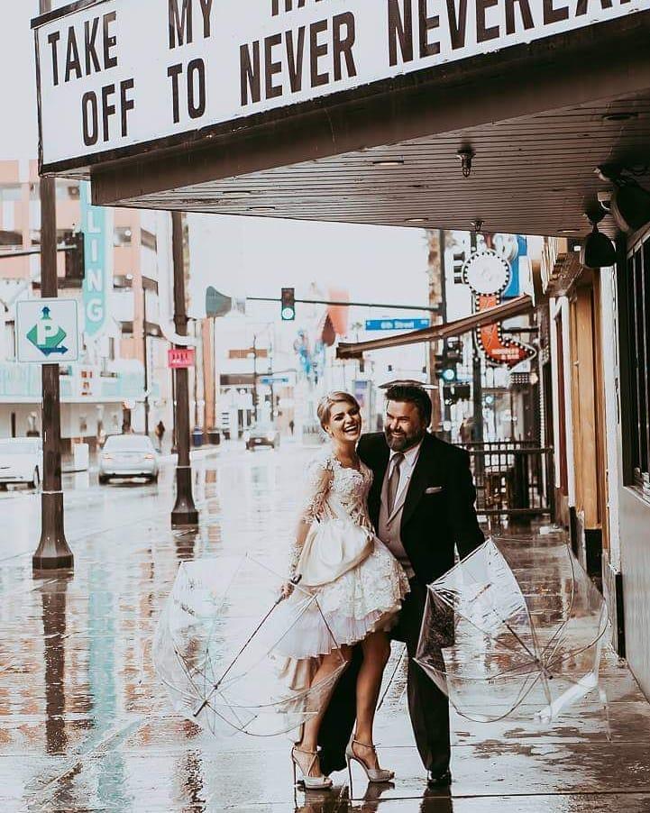 Ella Dvornik se udala u Las Vegasu!