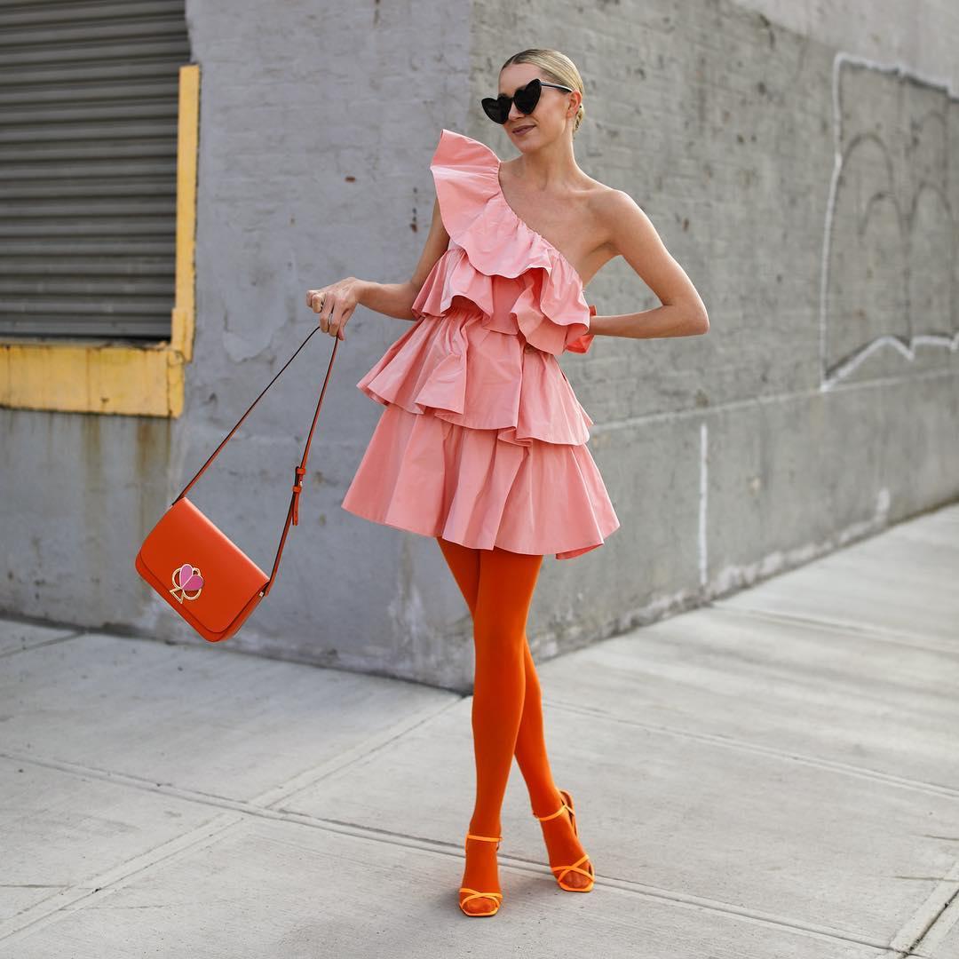 U Zari se krije predivna haljina s volanima!