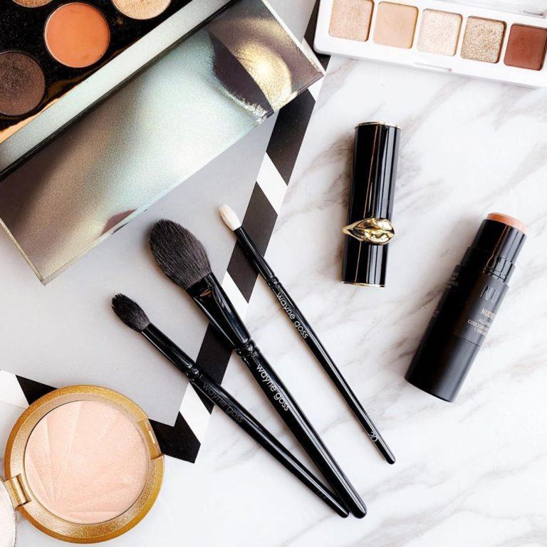 Koje je najbolje sredstvo za očistiti makeup kistove?