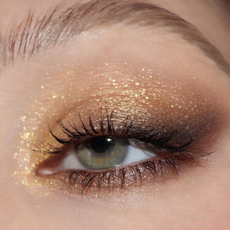 Blagdanski zlatni 'glitter' make-up već je pokorio i Instagram i Pinterest