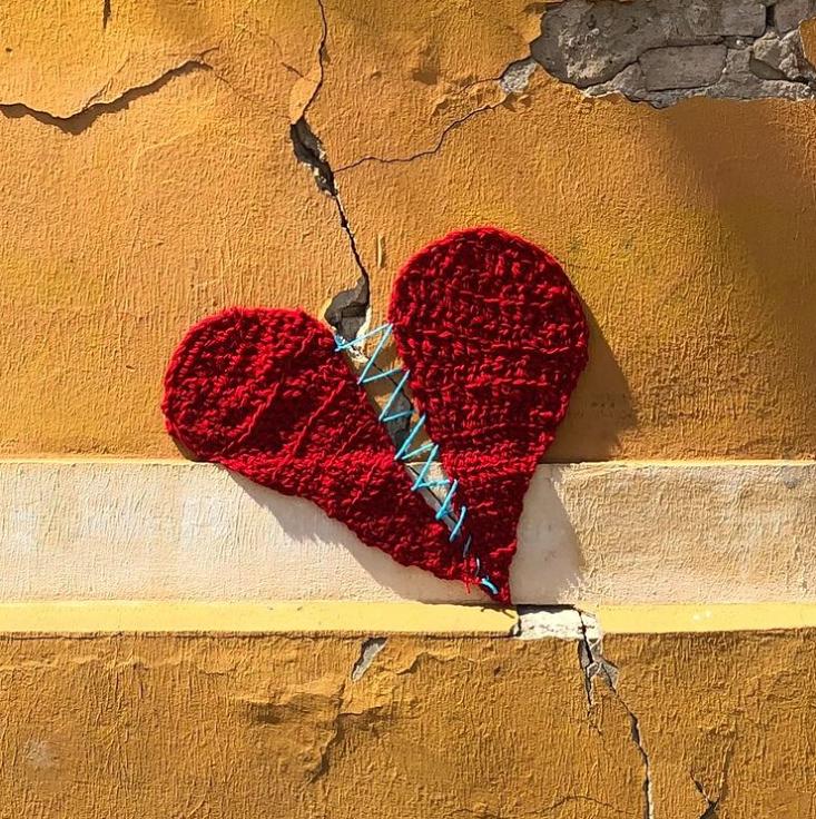 Zagrebačko slomljeno vuneno srce od sada krasi majice čijom kupnjom pomažete stradalima u potresu