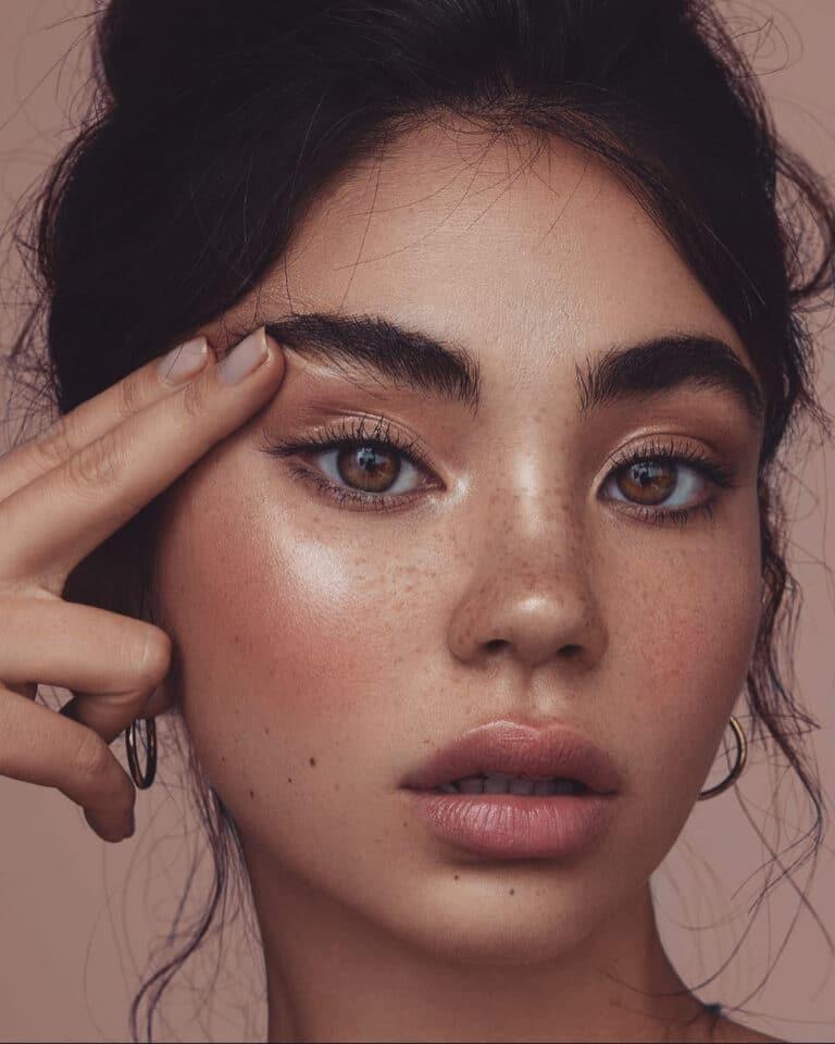 Highlighteri su osnova svakog dobrog make up looka, a uz ovih 10 nema greške