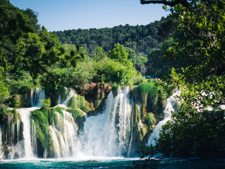 Ovog svibnja svakako posjetite slapove Krke. Znamo kako da ostvarite popust na ulaznice