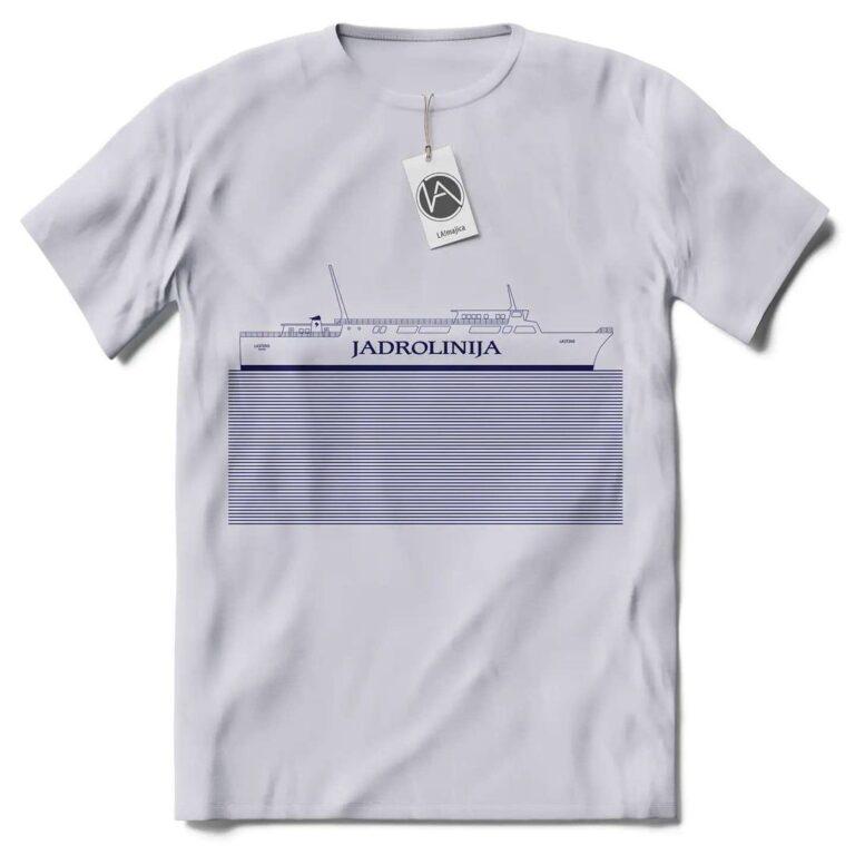 Nedostaje vam more i Dalmacija? Ove majice s motivom Jadrolinije podsjetnik su na ljeto
